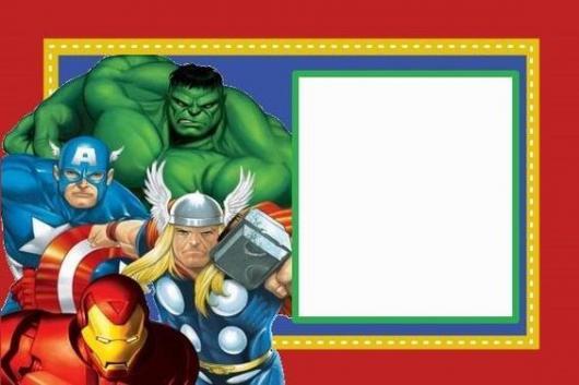 Convite com imagem dos Vingadores.