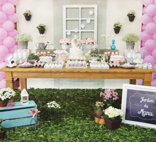 mesa de festa de jardim encantado