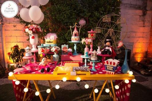 mesa de festa circo