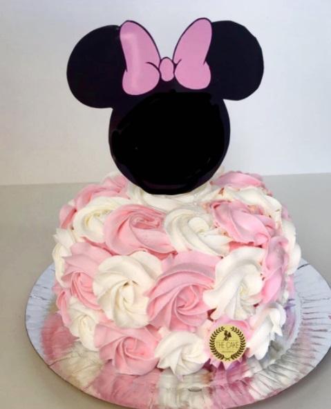 bolo branco e rosa