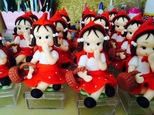 boneca de biscuit para lembrancinhas chapeuzinho vermelho