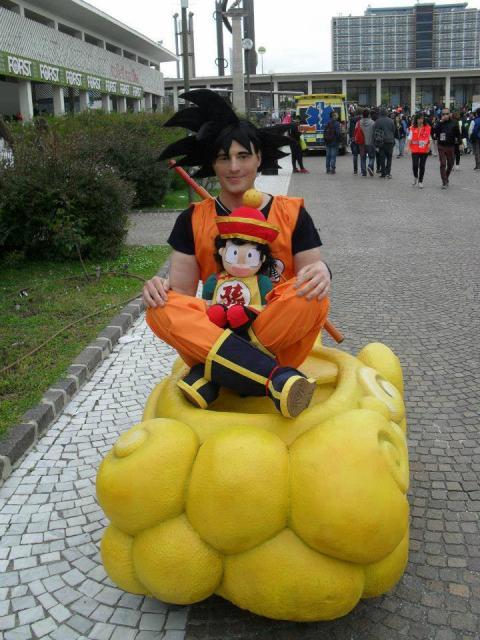Fantasia Dragon Ball modelo Goku