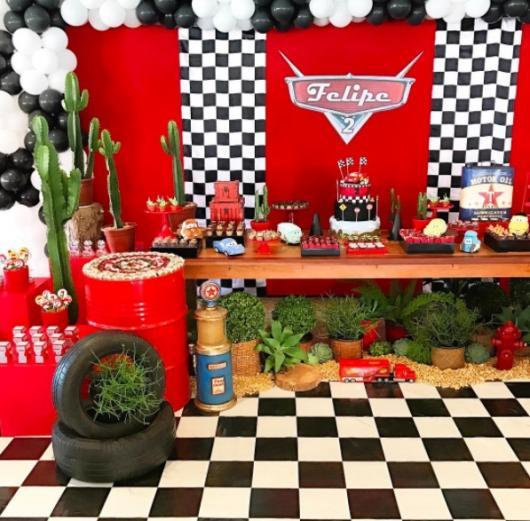 decoração corrida e carros