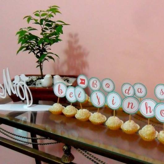 beijinhos decorados para bodas de beijinho