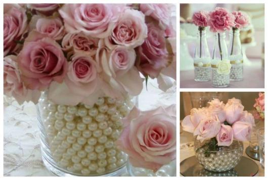 Montagem com vasos decorados com pérolas dentro.