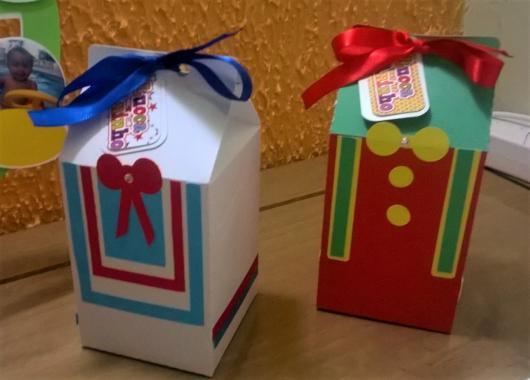 Lembrancinhas Patati Patatá caixinha de leite decorada