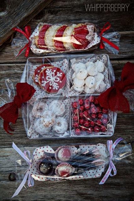 Embalagens com diferentes tipos de doce.