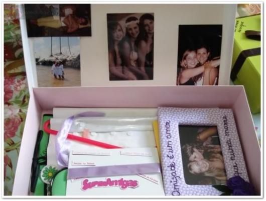 caixa com fotos e mensagens para melhor amiga
