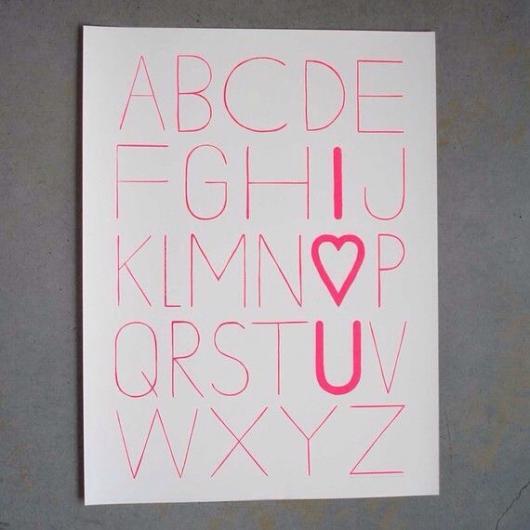 quadro com alfabeto e mensagem de Eu te Amo