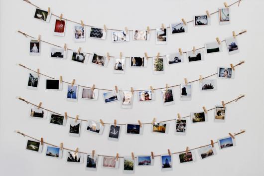 mural de fotos com pregador de roupa