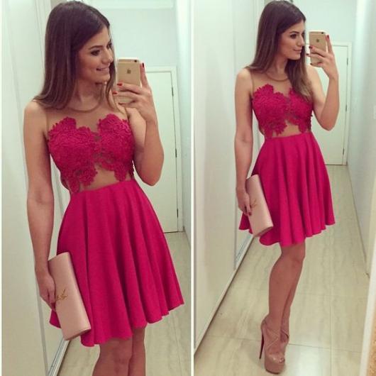 vestido de formatura rosa pink com renda e transparência