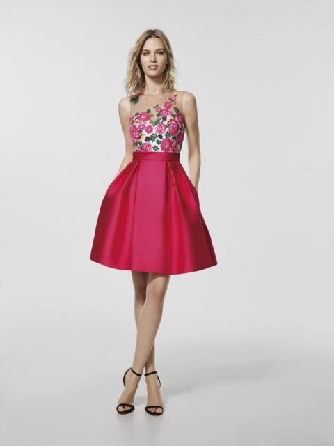 vestido de formatura rosa pink com flores e saia de cetim