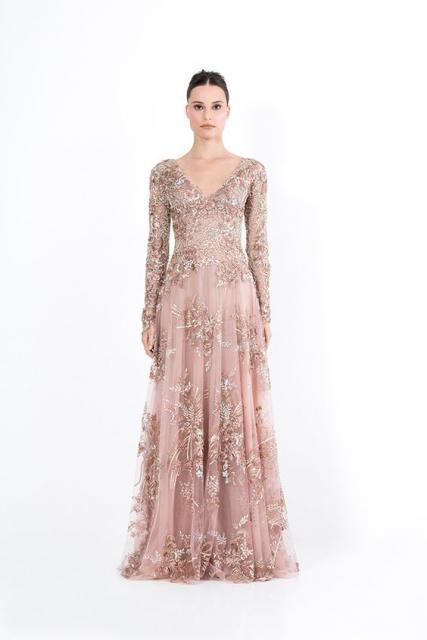 vestido de formatura rosa com flores em dourado