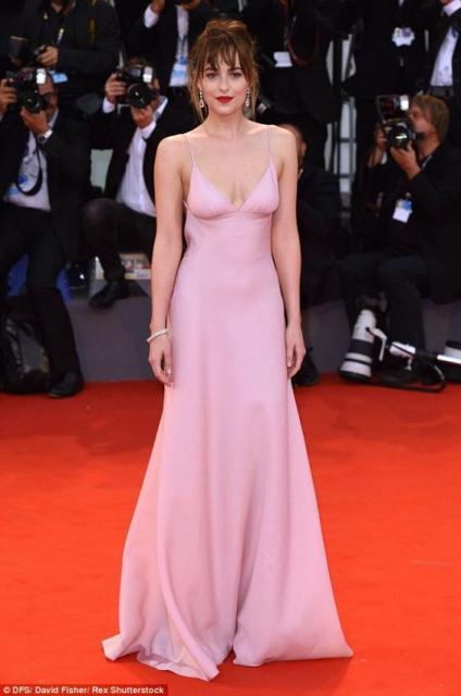 vestido de formatura rosa claro slip dress