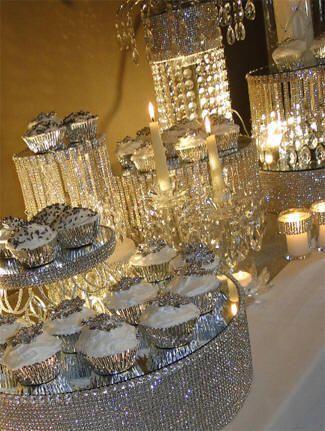 decoração de bodas de cristal com brilhos