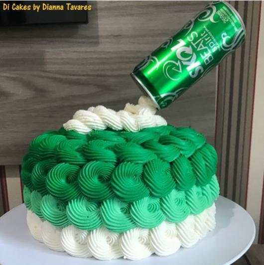 bolo verde chantilly