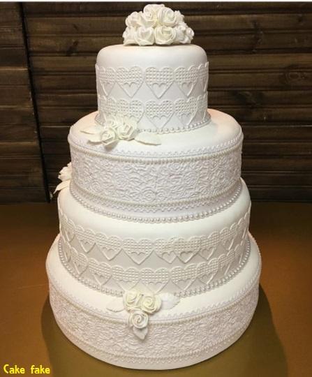 bolo casamento biscuit