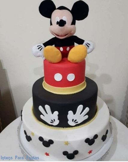 bolo 3 andares Mickey