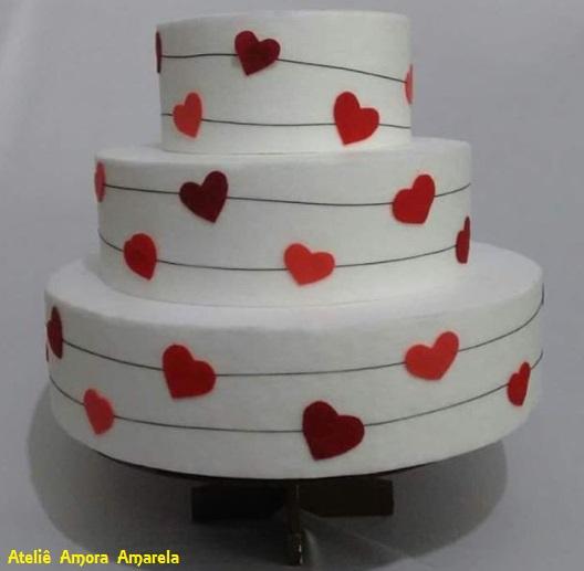 bolo falso noivado