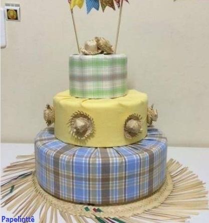 bolo falso decorado tecido