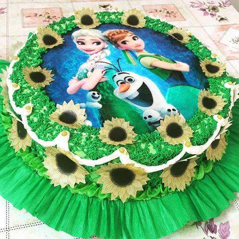 bolo verde com papel de arroz Frozen Fever