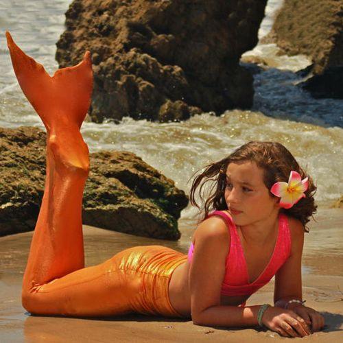 modelo de cauda para nadar