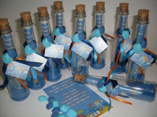 Convites Fundo do mar garrrafinha com pergaminho impresso