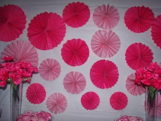 Decoração com papel crepom flor de leque vários tamanhos