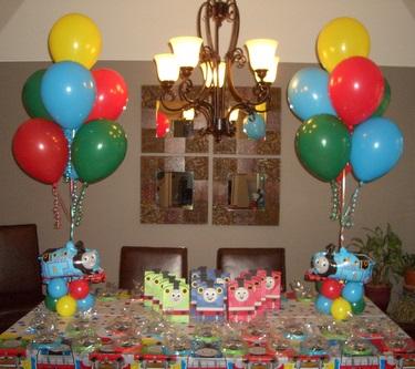 Balões Presos com Fitilhos