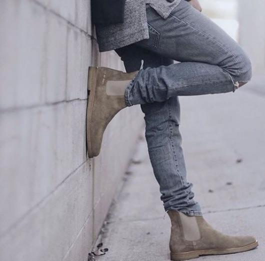 Fantasias anos 60 masculinas bota chelsea cor neutra