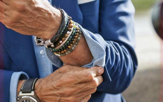 Fantasias anos 60 masculinas pulseiras