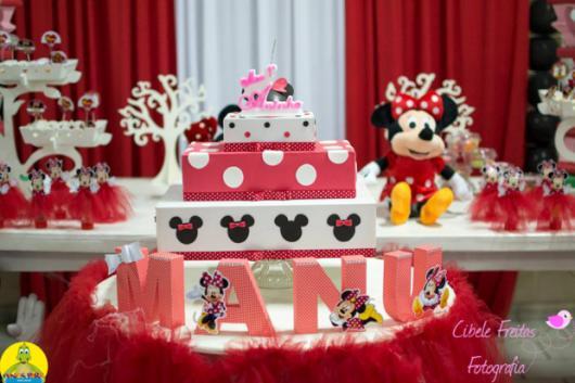 Festa da Minnie vermelha letras MDF
