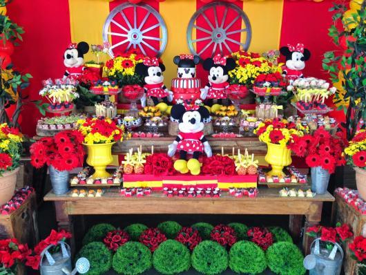Festa da Minnie vermelha 1 ano vermelha e amarela