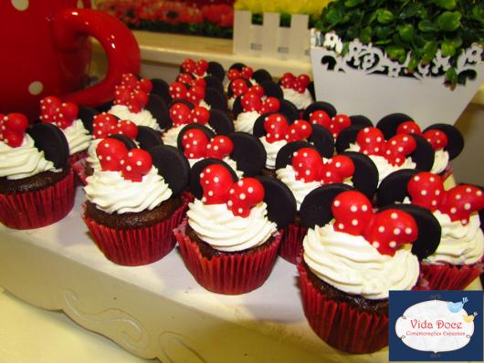 Festa da Minnie vermelha cupcake