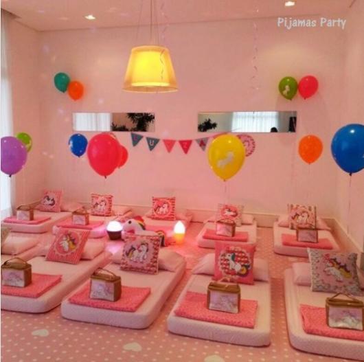 cf1e5a20dd76e4 Festa do Pijama – Decorações, Dicas Incríveis & Brincadeiras Divertidas!