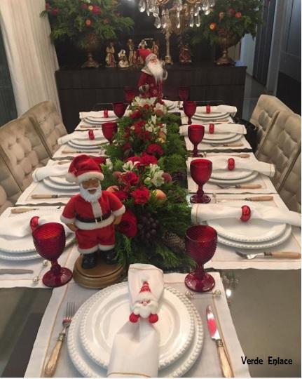 arranjo de mesa com frutas