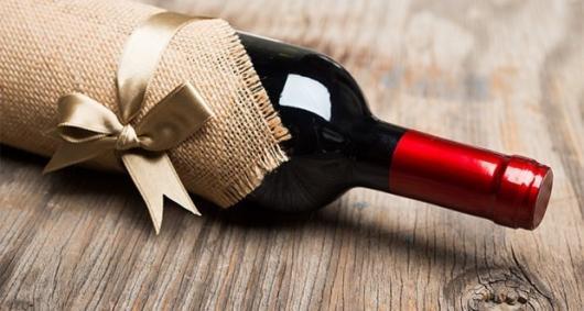 Presentes de natal baratos vinho