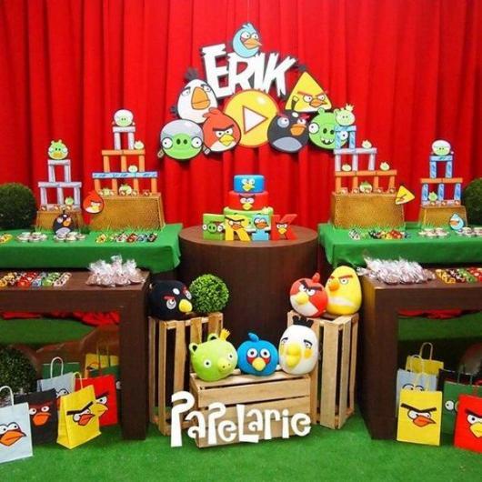mesa de doces do Angry Birds