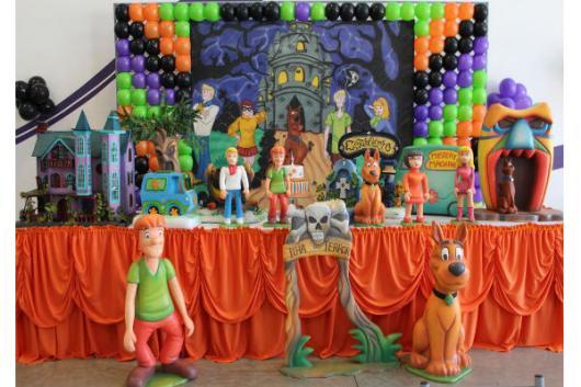 mesa de doces do Scooby-Doo