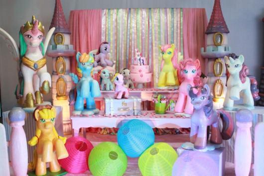 mesa de doces do My Little Poney