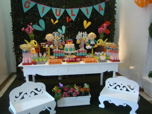 mesa de doces Charlie e Lola