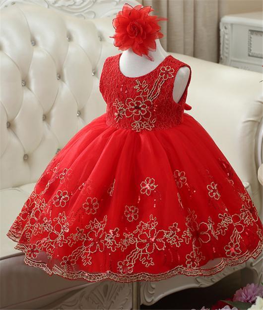 Vestido vermelho rodado com tiara
