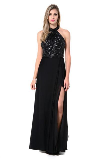 vestido preto com paetê