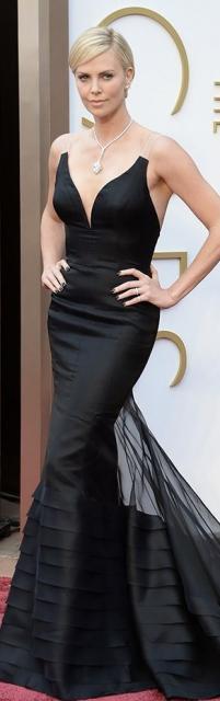 vestido preto sereia