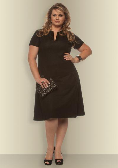vestido simples marrom escuro