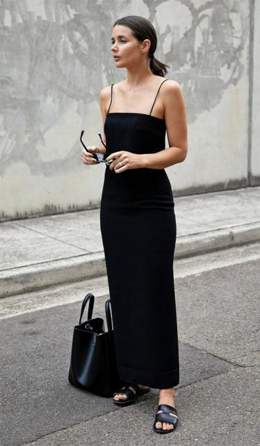 vestido longo de modelagem retaa