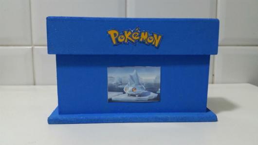 Convites Pokémon caixinha de MDF azul com aplique adesivo