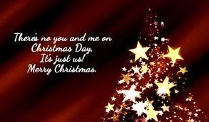 Mensagem de Natal com árvore feita de estrelas.