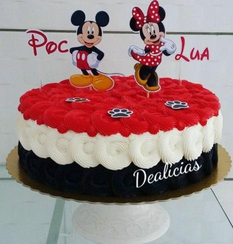 bolo simples Minnie e Mickey
