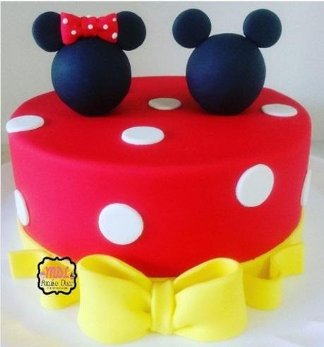 bolo pasta americana Minnie e Mickey